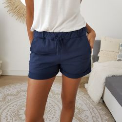 Short Lindsay